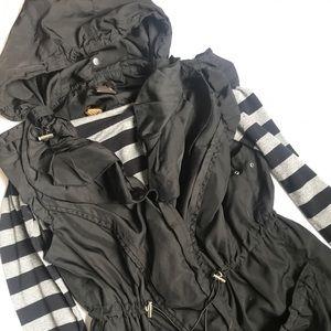 Luii hooded vest
